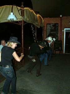 Buli a háttérben az FG-4 koncertje alatt.